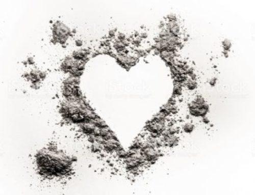 Ceniza es recuerdo de todo lo que se ha quemado por amor