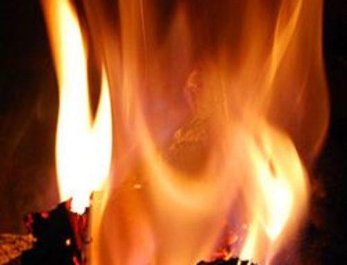 Una llama para los que buscan en la noche